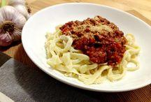 Hrníčkové vaření / Vařit se dá i podle hrníčků, zalistujte v našich receptech a vařte jednoduše bez pracného vážení ingrediencí.