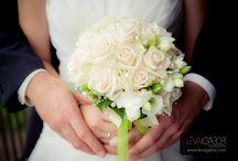 Vendulavirág-wedding flower & decoration /  Esküvői virágkötészet és dekoráció.  Az albumban kizárólag saját munkáim vannak https://www.facebook.com/pages/Vendulavirag