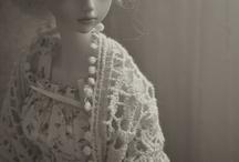 Dolls / by Amanda Caxias®
