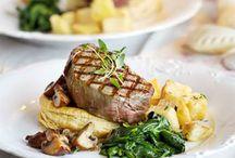 Steak With Mushroom Puff Tartlets Recipe