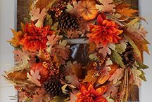 Unique Fall Wreaths / A collection of gorgeous and unique fall wreaths to introduce autumn flair to your home