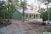 Hybrid Home Gallery / Appalachian Log & Timber Homes offers their exclusive panelized hybrid PANELOC wall system. This system is a superior building, energy-saving and more environmentally friendly alternative to conventional fiberglass insulated stud wall construction.
