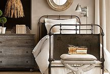 Bedroom Bliss / by Lesley Bailey