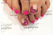 Nails!  Ooh la la.