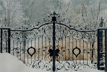 Garden arbors and gates