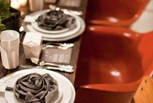 Weddings / Place Settings / Inspiration for place settings! / by Laura Birney