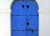 DOORS / by Nilufer Dincer