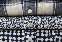 en bunke tekstiler