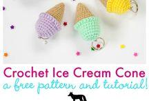 Crochet Keychain ❄️