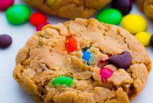 Christmas Cookies / by Kim Holstein