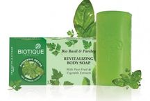 Body Care / Biotique offers 100% natural and organic intensive body care products that would help you rejuvenate from head to toe.