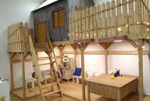 Игровой домик, игровой комплекс, игровая мебель, оформление детских пространств / В нашей мастерской мы создаем необычные игровые комплексы. Домики и замки для игр не только на свежем воздухе, но и в стенах детского клуба или семейного кафе. Оформляем детские игровые зоны, создаем необычные занимательные пространства. Для веселых игр! Песочницы, горки, качели. Все это впишем в любое недетское пространство.