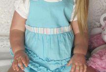 Ann Timmerman - Katie in blauw jurkje