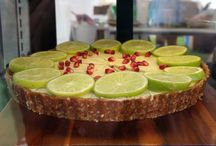 HEALTHY DESSERTS / Healthy, nourishing, delicious, gorgeous desserts