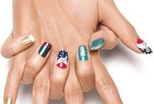 nails ideas! / by Goth World