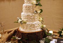 Textured Wedding Buttercream cakes. / Wedding cakes