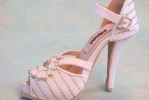 Buty z fondant  ( Fondant shoe topper ) / Fondant shoe topper