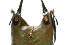 Purses, Pocketbooks, Tote Bags, Stuff / by Mona