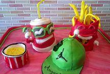 creazioni in pasta di zucchero /  torte in pdz