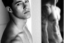 Boys / by Melissa Condon