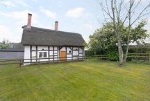 Cottage for sale Siddington, Cheshire SK11 9LE / Siddington, Cheshire SK11 9LE  A pretty Grade II Listed thatched 2 bedroom cottage with equestrian facilities nestled in 2.7 acres - residue of 21 year lease with 14 years remaining.  Guide Price Of £230,000