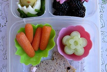 Bento Obsessed  / Bento boxes / by Samira Amer