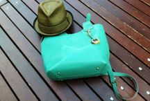 Barr and Barr Handbag Review!  / Barr and Barr Kelly Green Tote Review!