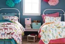 Unisex kids rooms