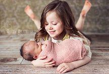 newborn met zus of broertje