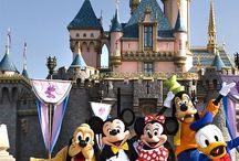 Disney World Travel Tips / Travel tips for planning a vacation to Walt Disney World aka the Most Magical Place on Earth!