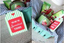 Gift Ideas / by Amanda Plotts