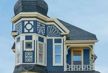 Queen Anne Victorian (1875-1890) / Queen Anne homes were popular in the US during the Victorian era. The homes were typified by decorative exuberance. Mosaics from the period were very colorful and framed with a decorative border.