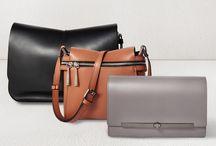 Gianni Chiarini Taschen / In den späten 90er-Jahren gründete GIANNI CHIARINI das nach ihm benannte Label. Die Taschen sind in einem klassisch, eleganten und gradlinigen Design gehalten. Mit dem Sitz in Florenz, das Zentrum des guten Geschmacks, werden die Taschen designt und hergestellt. Gianni Chiarini ist der Inbegriff hochwertiger und luxuriöser Schultertaschen, Clutches, Cross over Bags und vieler weitern Accessoires. ► http://bit.ly/KONEN-Gianni-Chiarini-Damen-Pin