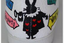 Alice In Wonderland / Alice In Wonderland hand painted shoes.