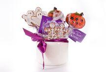 Halloween na patyku / Łakocie czy psikus? I jedno i drugie!  Zamów pierniki na Halloween. Napisz do mnie: ola@bedzieslodko.net www.bedzieslodko.net