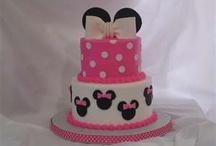 birthday cakes / by Leslie Z