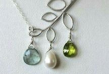 Crafts:Jewelry:Delicate