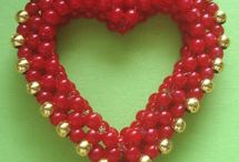 heart beaded bead / by Arza Sternberg