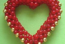 heart beaded bead / by Arza Sternberg