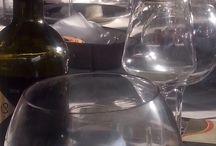Στο τραπέζι / Φαγητό και κρασί