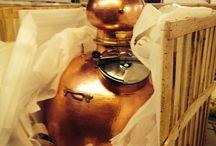 Hoga Pot Still Unpacking... / Unpacking a beautiful pot still from Hoga Company. It's a hoga pot still made of heavy pure copper.