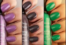 Sally Hansen / Please note all swatches within this album belong solely to their respective owners as per watermark or original posting via their blogs.