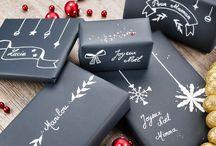 """Emballage pour cadeau de Noël / On aime tous les cadeaux et surtout à Noël...mais si vous avez choisi votre cadeau avec soin pensez aussi à l'emballage, pour qu'il fasse rêver avant de rester sans voix devant le présent, pour qu'il surprenne avant de découvrir la vraie surprise, pour qu'il fasse rire de joie avant de déclencher un sourire de bonheur et pour qu'il """"déchire"""" avant qu'on le défasse :o)"""