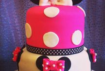 Mickey and Minnie Mouse / Mickey and Minnie Mouse cakes by The Sweet Art of Cake in Hayward CA