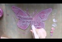 Decorating MDF Blank Craft Shapes / Lots of ideas on how to decorate MDF Blank Craft Shapes