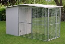 Dog Kennels / Our company is specialized in the design and implementation of any kind of kennel, box, shelter or house for dogs. We specialize in online sales to individuals, but we also work with public and private kennels, catteries, organizations and associations, municipalities, shopping for dogs and cattle, dog lovers centers, health and veterinary care, etc... We install multi-purpose professional, safe and versatile, box in the shed, garage storage-