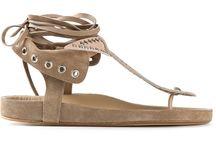 Sandal y As