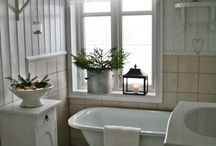salle de bain - wc / bathroom - wc / by Sylvia Loyakono