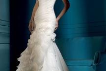 Love & Wedding / by Jessica Nguyen