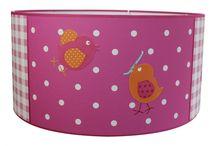 Lief lifestyle bij www.roozje.nl / Roozje creëert lichtpuntjes voor de bedrituelen van kinderen. De hartverwarmende lampen en -accessoires worden op maat gemaakt of uit voorraad geleverd.
